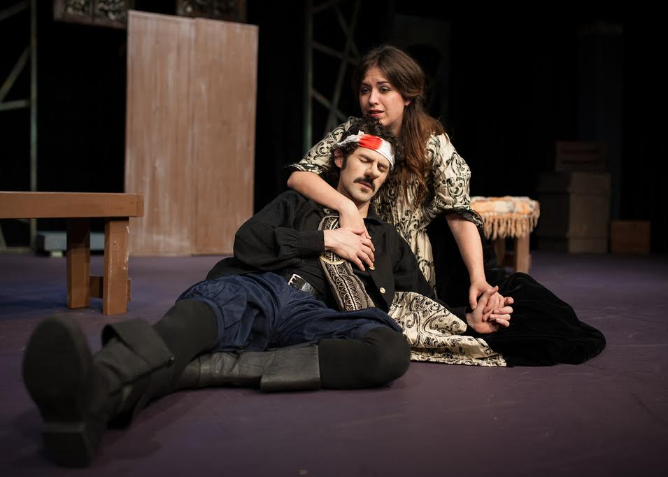 uploads/production_images/cyrano.jpg