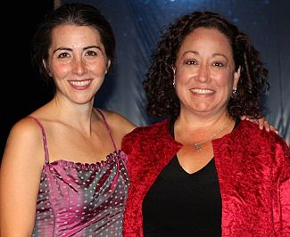 Suzanne Balling and the real Diane Hardy-Garcia (image: Theatre en Bloc)