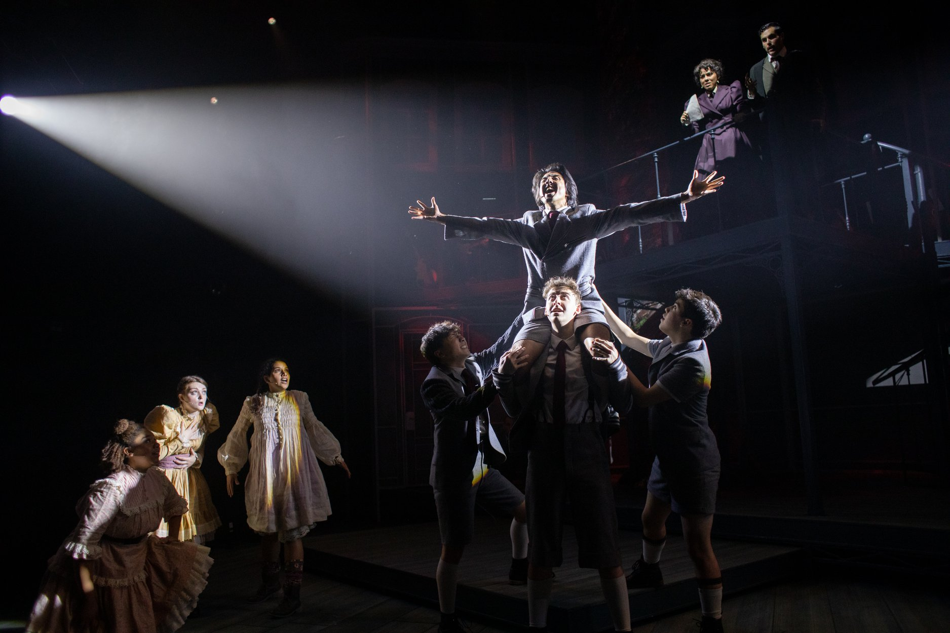 uploads/production_images/spring-awakening-ut-lawrence-peart-2019/sa_07_lawrence_peart.jpg